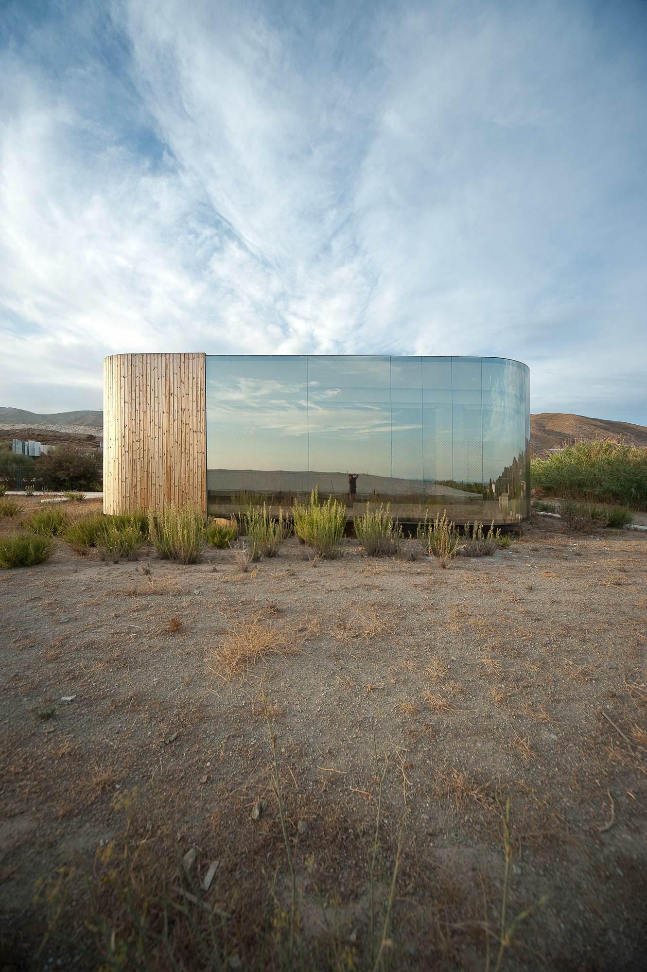 Non Program Pavillon / Jesús Torres García Architects
