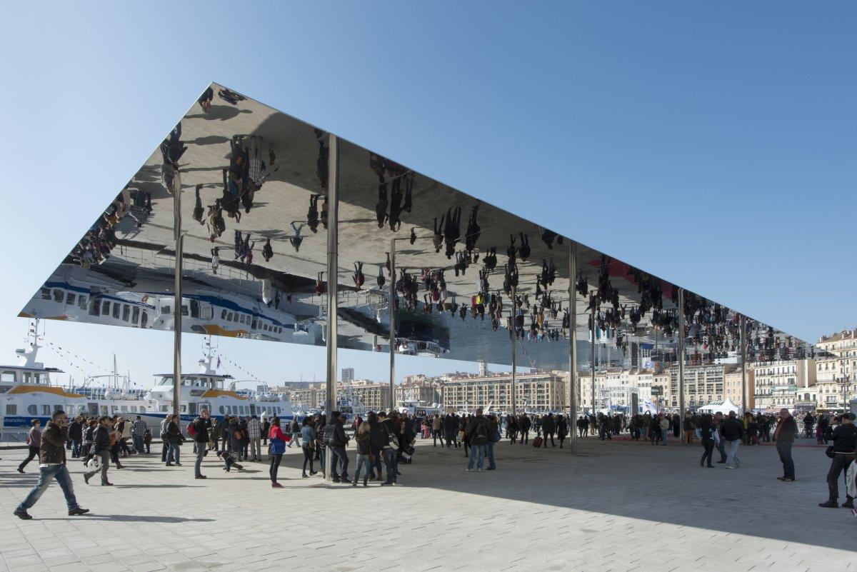 pavillon_du_vieux_port_marseille__foster_and_partners_03