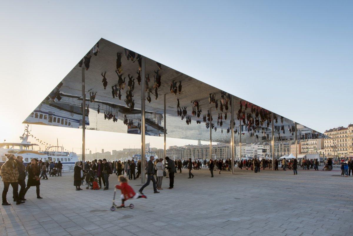 pavillon_du_vieux_port_marseille__foster_and_partners_04