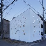 RoomRoom House / Takeshi Hosaka Architects