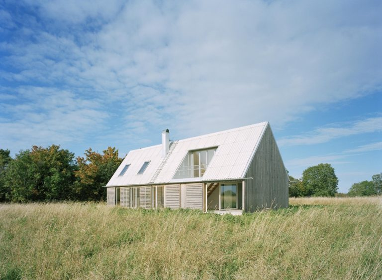 Sommarhus / LLP Architects