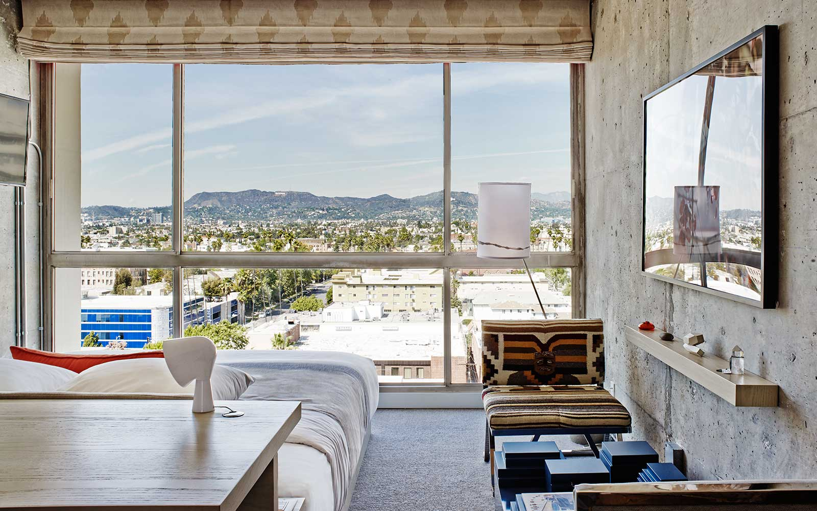 The Line Hotel - Room / Knibb Design (14)