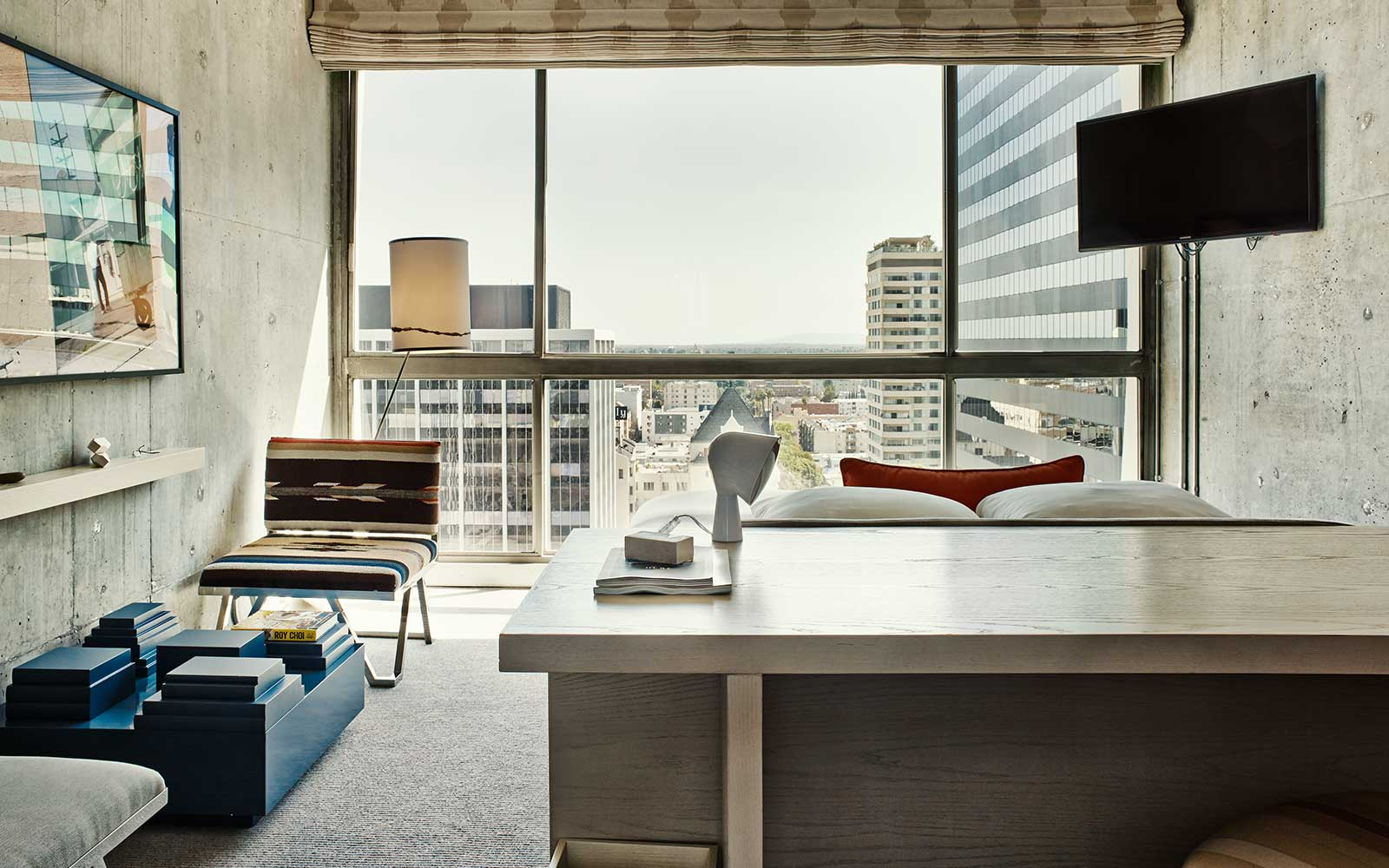 The Line Hotel - Room / Knibb Design (13)