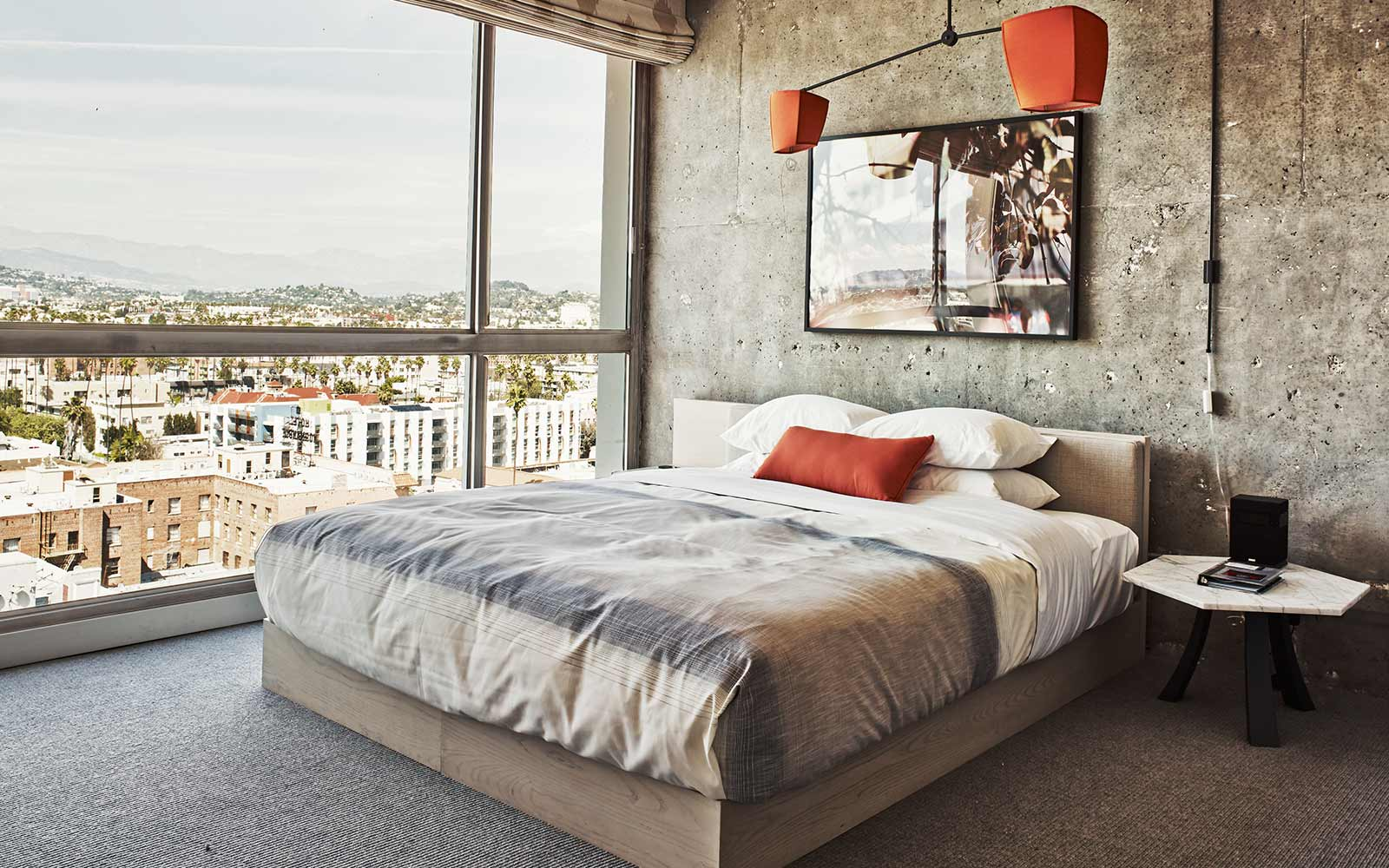 The Line Hotel - Room / Knibb Design (5)