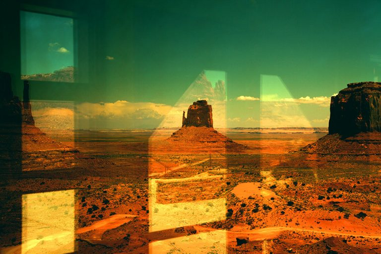 Monument valley / Tim Navis