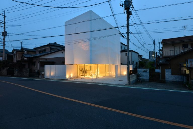Torus / N Maeda Atelier