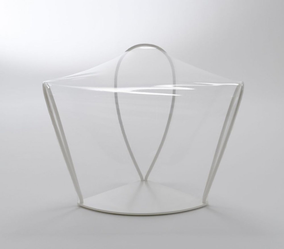 transparent_chair_05.jpg