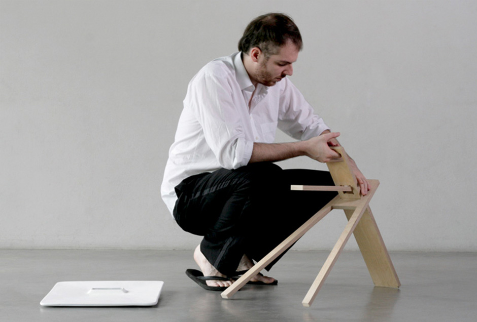 Tripod Side Table / Noon Studio