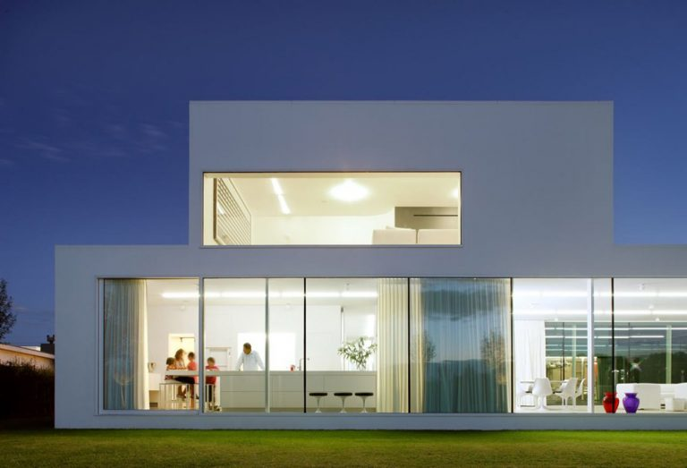 Villa V in T / Beel & Achtergael Architects