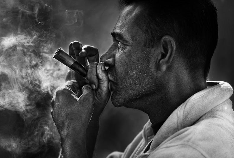 yaman_ibrahim_smoker_8
