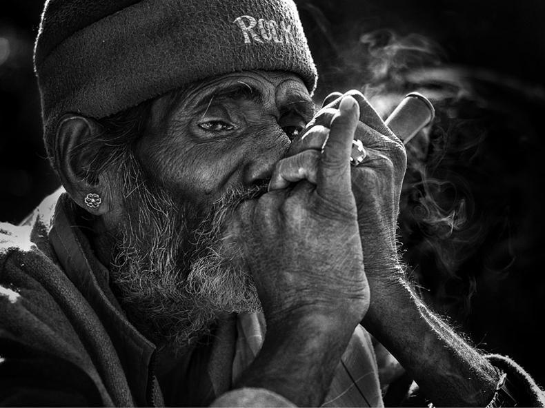 yaman_ibrahim_smoker_9