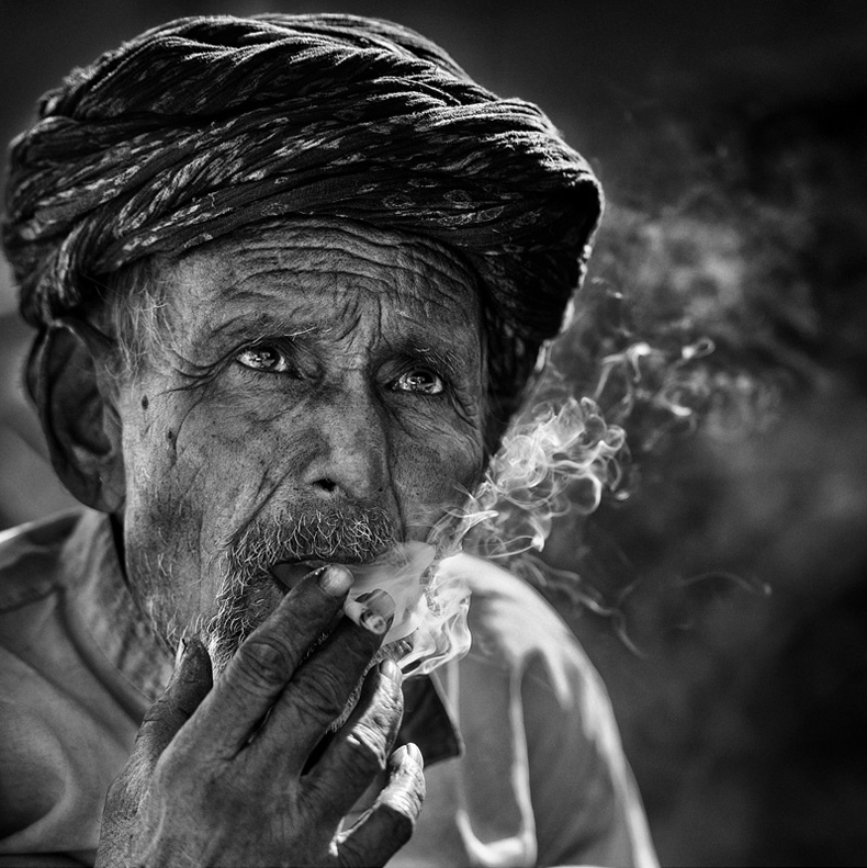 yaman_ibrahim_smoker_9.jpg